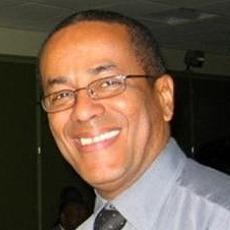 Prof. Claude Moreira